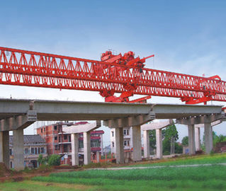 چین JQG300T-33M Beam Launcher/ Launcher Gantry crane for Bridge توزیع کننده
