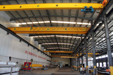 چین Crab Framed Electric Single Girder Overhead Cranes For General Engineering Application کارخانه